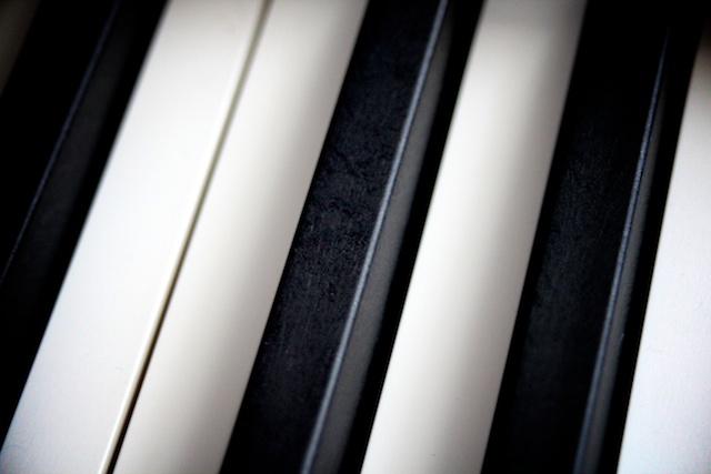 piano roland 700 nx